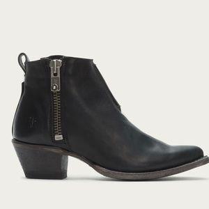 Frye Sacha Moto Shortie Boots